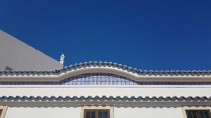 alte-street-blue-sky
